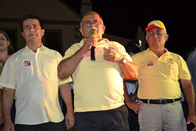 http://folhaatual.com.br/galeria/eventos/camp16caldeiao/DSC_1056.JPG