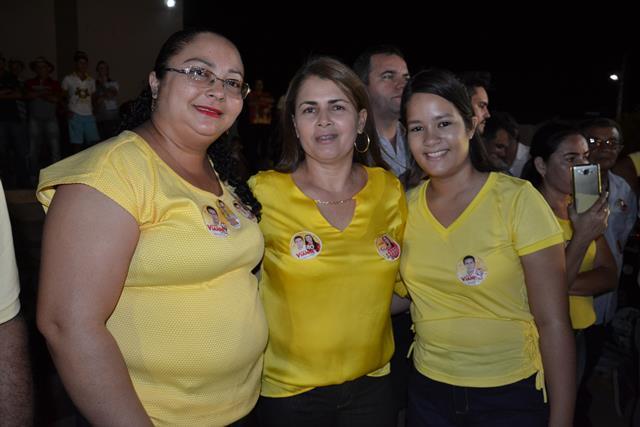 http://folhaatual.com.br/galeria/eventos/camp16caldeiao/DSC_1103.JPG
