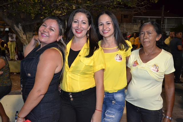 http://folhaatual.com.br/galeria/eventos/camp16caldeiao/DSC_1133.JPG