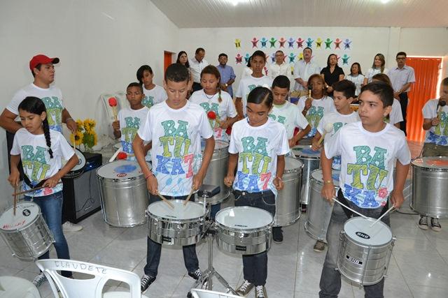http://folhaatual.com.br/galeria/eventos/confsimoes15educa/DSC_1955.JPG