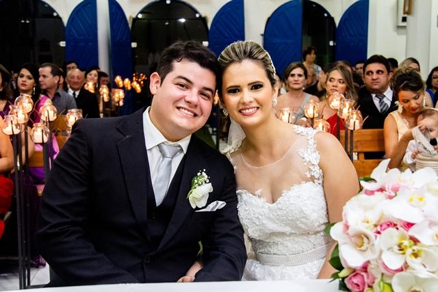 http://folhaatual.com.br/galeria/eventos/matrimonio/IMG_3442.jpg