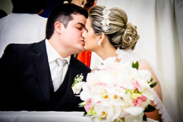 http://folhaatual.com.br/galeria/eventos/matrimonio/IMG_3522.jpg