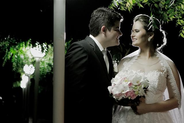 http://folhaatual.com.br/galeria/eventos/matrimonio/IMG_3722.jpg